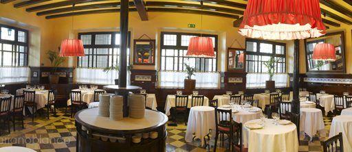 Restaurante 7 puertas