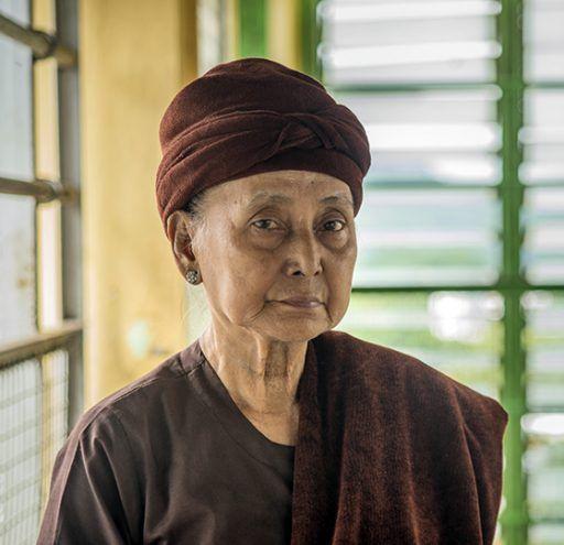 Fotografía  mujer en  Myanmar